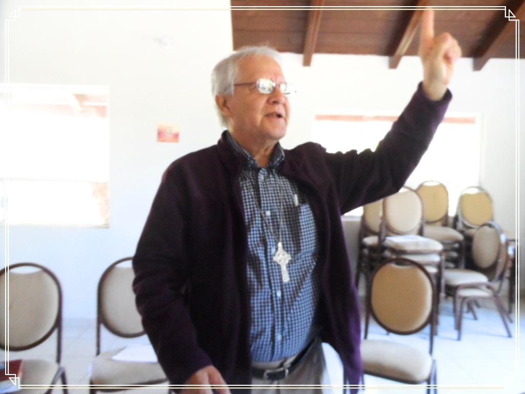 Padre Alejandro 3